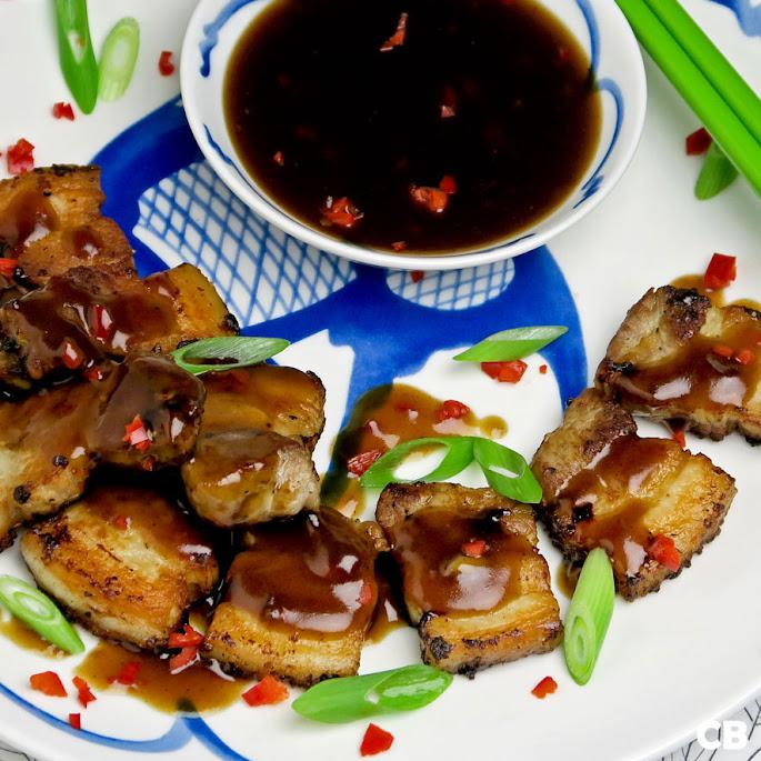 Krokante speklapjes met een verrukkelijke Chinese saus