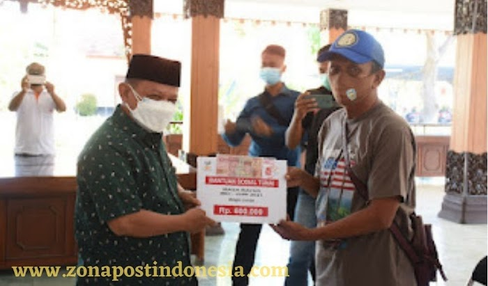 Pemkab Situbondo bekerjasama dengan PT. Pos Indonesia, Salurkan BST Kepada KPM