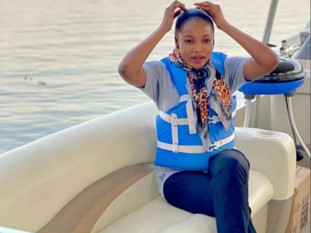 Kayatattun Hotunan Maryam Waziru a JABI Boat club