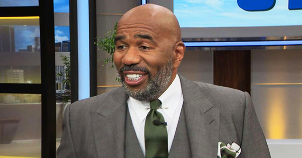 Steve Harvey with new beard