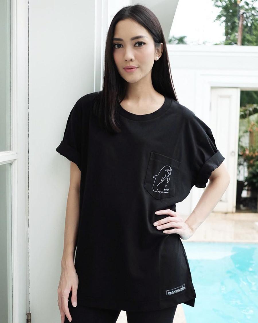 Ririn Dwi Ariyanti hot mom artis seksi
