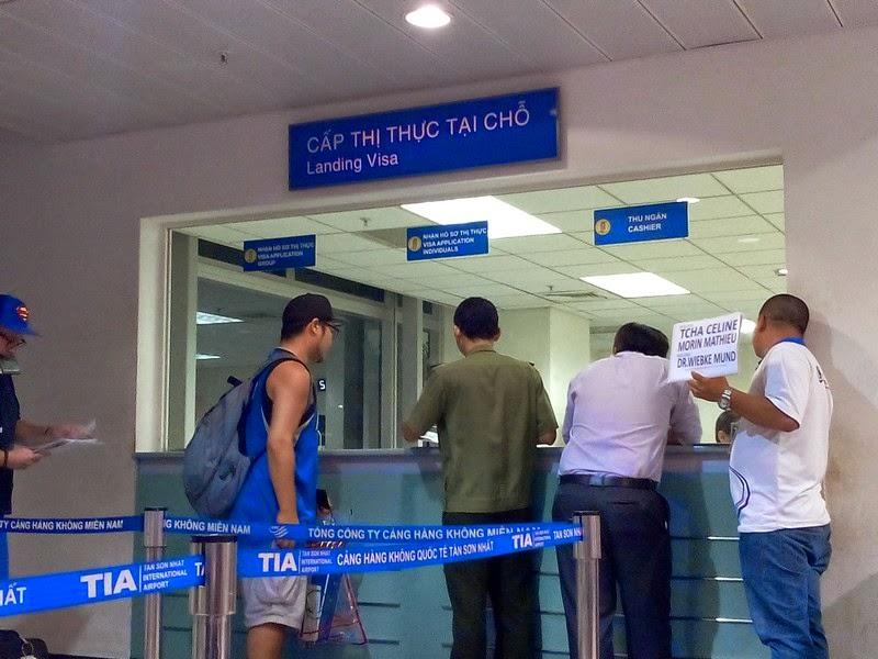 Ho Chi Minh, Visa, Aéroport