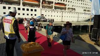 Pembangunan Pelabuhan Baru Lombok Selesai, Kapal Cruise MV Sun Princess Berlabuh Di Gili Mas