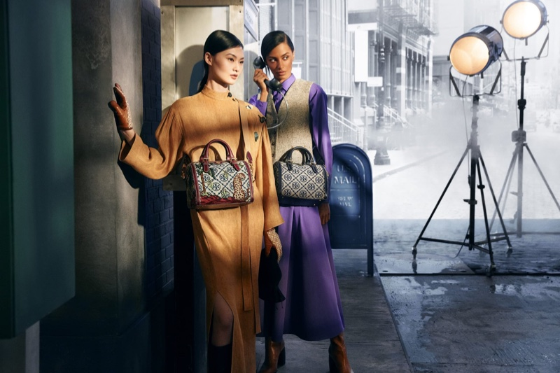 Tory Burch features the T Monogram Barrel bag in fall-winter 2021 campaign.