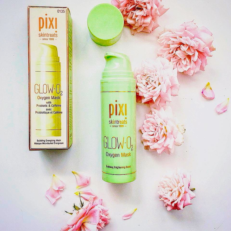 Beauty magic box pixi skin rescue essentials restore revive pixi glow o2 oxygen mask is a bubbling energizing mask with a gel texture after you smooth the gel onto your face it will become to bubble and a slight izmirmasajfo