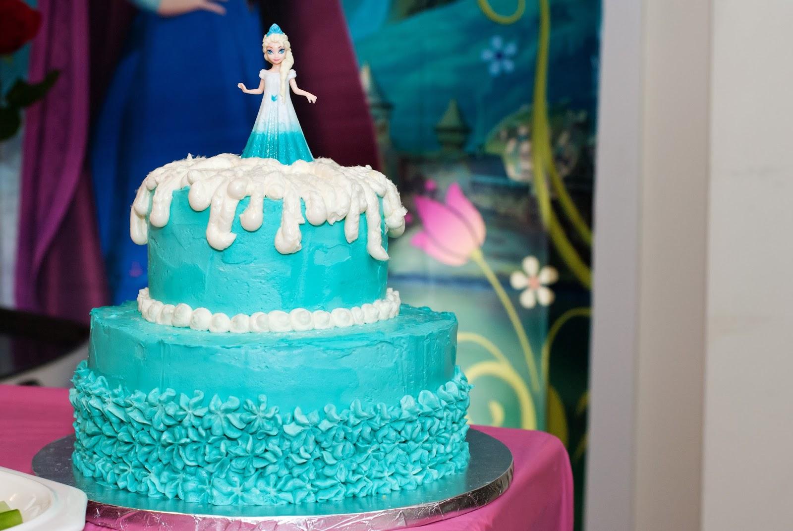 Ali la mode Frozen Princess Elsa Layer Cake Vanilla Sponge Cake
