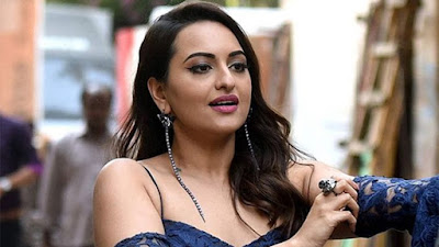 Bollywood Breaking-Sonakshi-Sinha-files-FIR-against-cyber-bullies--One-Arrested