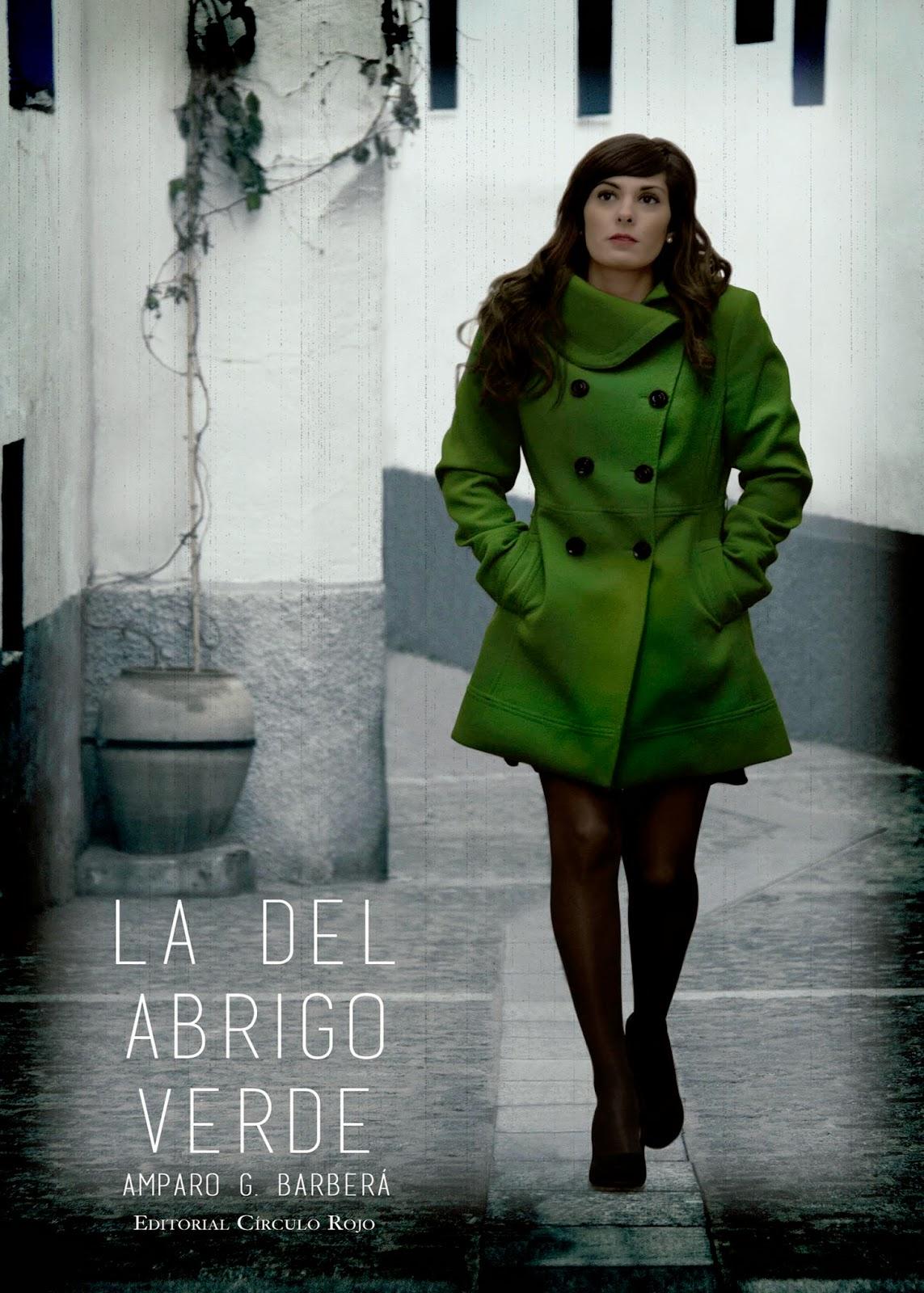 Reseña La del abrigo verde