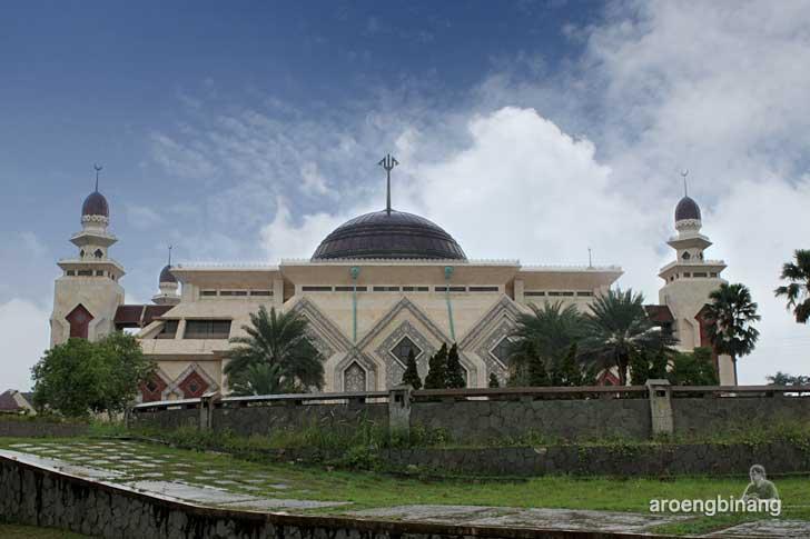 masjid at tin tmii jakarta
