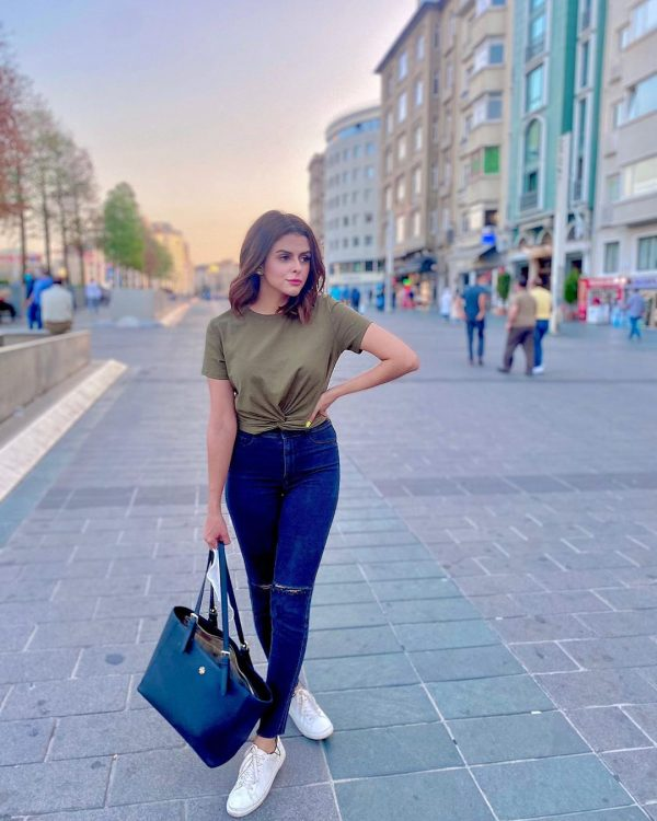 Model Waliya Najib Honeymoon in Turkey