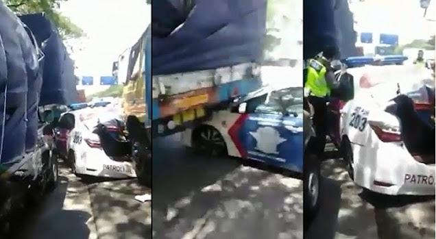 "Video mobil PJR Tol Jatim II ringsek tertabrak truk beredar di media sosial. Perekam video kecelakaan itu diperiksa polisi lalu meminta maaf.  Perekam merupakan Abdullah Affan. Ia pengemudi pikap, warga Desa Jekek, Nganjuk. Ia diperiksa polisi di Mako PJR Tol Jatim 2, Waru-Sidoarjo.  Ia diperiksa karena dalam video berdurasi 30 detik itu, petugas PJR seolah-olah bersalah setelah menindak dirinya, sehingga terjadi kecelakaan. ""Bos-bos gara-gara nyekel aku bos, lho bos hancur bos, hancur bos, lho masih selamet, masih selamet, masih selamet, masih selamet,"" kata Abdullah seperti dalam video yang dilihat detikcom, Kamis (15/10/2020).  Kanit PJR Tol Jatim II AKP Roni Faslah mengatakan, ucapan Abdullah dalam video tersebut menerangkan seolah-olah petugas yang menjalankan tugas penindakan itu salah. Padahal menurutnya, dalam penindakan itu petugas sudah menjalankan SOP.  ""Pelaku yang merekam video kecelakaan mobil patroli PJR yang ditabrak dari belakang oleh truk diperiksa di Mako PJR Jatim II,"" kata Roni.  Ia menambahkan, yang bersangkutan hanya merekam video tersebut. Namun yang mengunggah ke media sosial bukan dia, melainkan teman sesama sopir.  Sebelumnya, pihak kepolisian mendatangi keluarga perekam video tersebut. Karena peristiwa itu murni kecelakaan, bukan atas kesalahan anggota.  ""Setelah selesai dilakukan pemeriksaan, yang bersangkutan membuat surat pernyataan dan meminta maaf tidak akan mengalangi lagi,"" tambah Roni.  Roni menjelaskan, dengan surat pernyataan dan permohonan maaf itu, pihaknya menyatakan bahwa masalah tersebut selesai secara kekeluargaan. ""Yang bersangkutan sudah membuat surat pernyataan. Selain itu juga minta maaf tidak akan mengulangi lagi. Maka permasalahan diselesaikan secara kekeluargaan,"" pungkas Roni.  Sebelumnya diberitakan, video mobil PJR Tol Jatim II ringsek tertabrak truk besar dari belakang beredar di media sosial. Dalam video tersebut tampak mobil patroli PJR itu mengalami kerusakan. Terutama di bagian depan dan belakang. Sebab, saa"