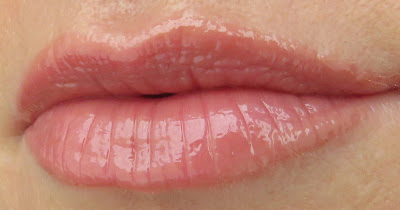 saveonbeauty_catrice_dewy_ful_lips_dew_you_care_swatch