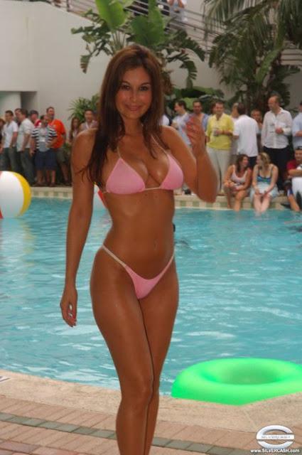 Speedorama bikini contest 2005