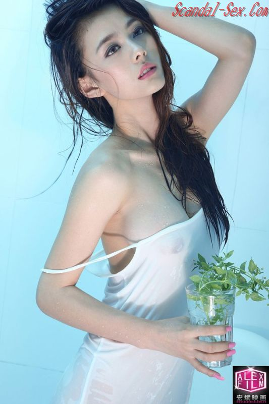 Zhang ying knows how to handle a cock - 1 4