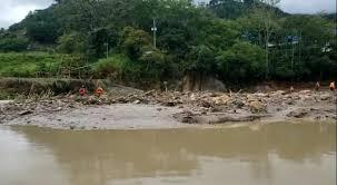 Desaparecidas tres personas por desborde del río Carapo en Táchira
