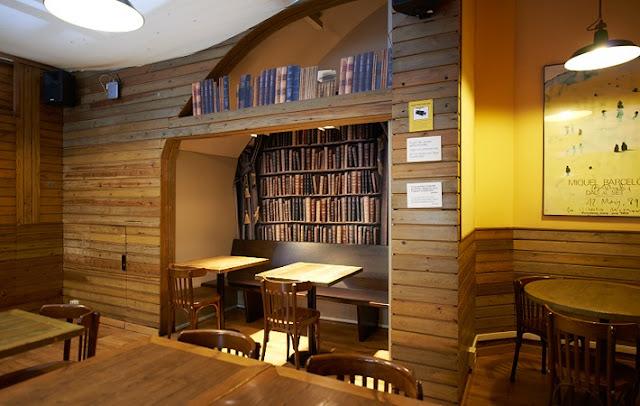 Laie Libreria Café