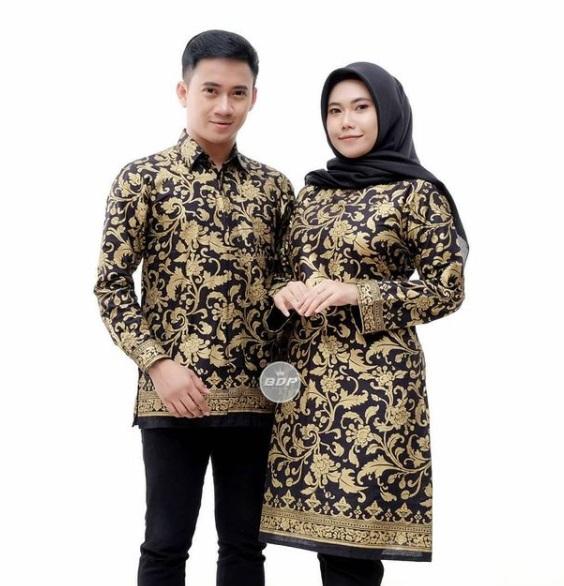 Baju Batik Couple Motif Warna hitam dan emas