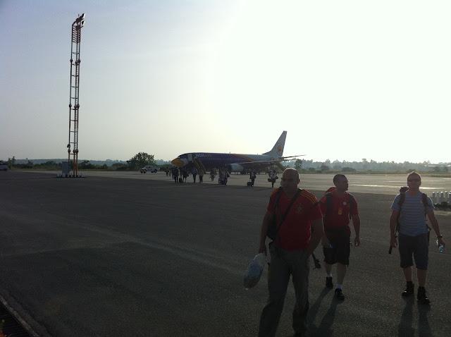 Bajando del avión