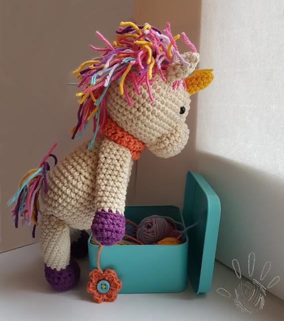 Rainbow unicorn – crochet pattern