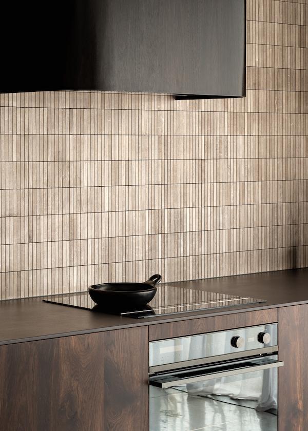 backsplash kitchen travertine tiles