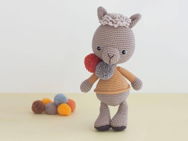 amigurumi-alpaca-crochet