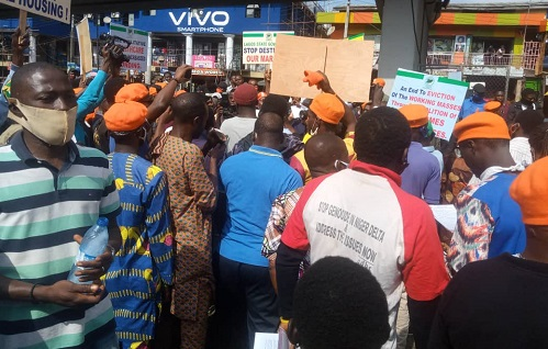 RevolutionNow%2BPolice%2BDisperse%2BProtesters%2Bin%2BLagos - Police Disperse Protesters in Lagos