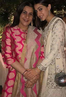 Sara Ali Khan With Her Mother