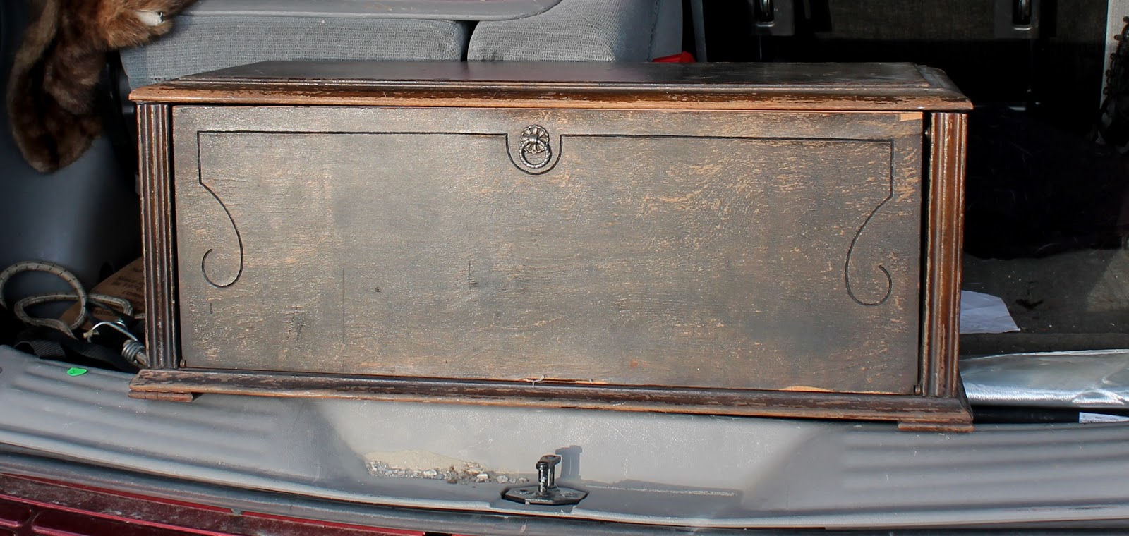 This Week's Vintage Finds #28 Country chest