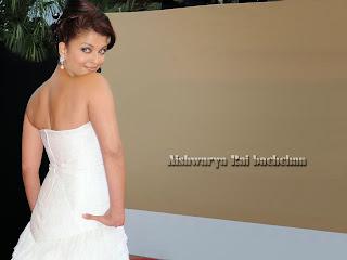Aishwarya Rai Hot Back