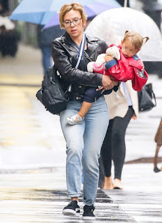 Scarlett Johansson confessa que viveu inúmeras dificuldades na infância