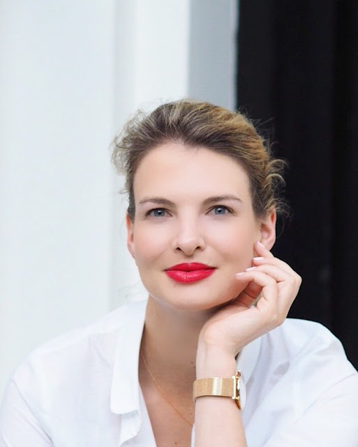 Clarins mix and match, clarins bold lips look, makeup tutorial, red lipstick, clarins joli rouge