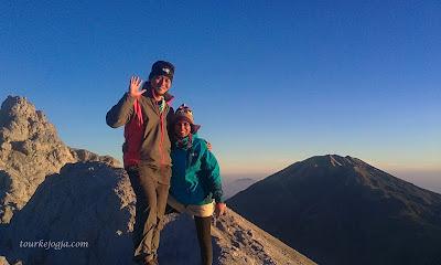 mdpl ialah salah satu gunung paling favorit untuk didaki WisataJogja; Pendakian Gunung Merapi Via Selo