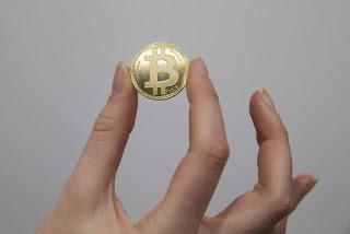 Reino Unido registra primeiro roubo de bitcoins a mão armada