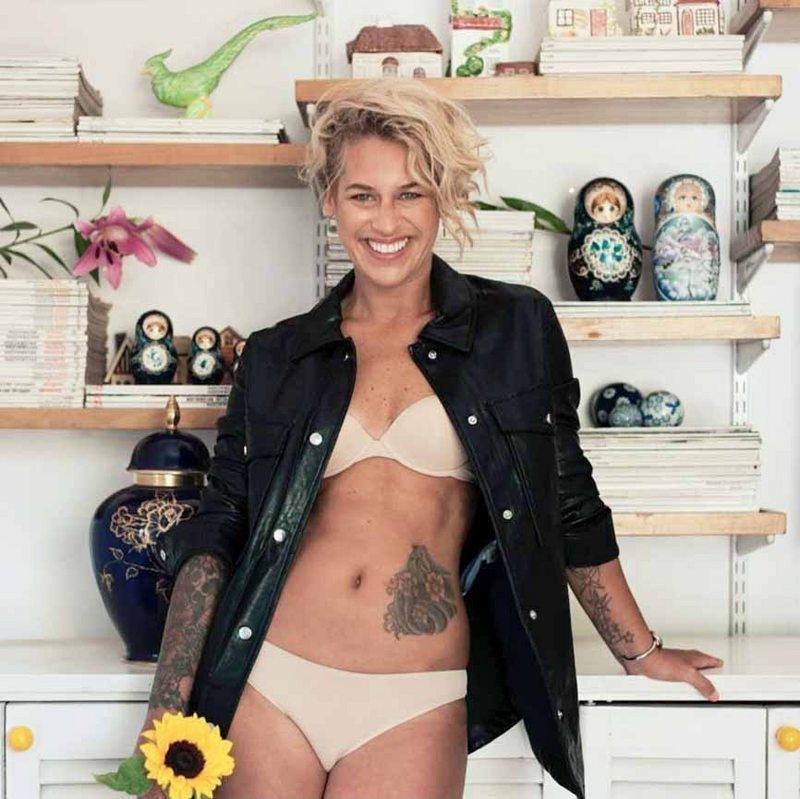 María Jimena Pereyra debutó de modelo de ropa interior a los 43 años