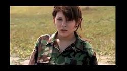 격투술 시범 보여주다가 따먹히는 여군장교