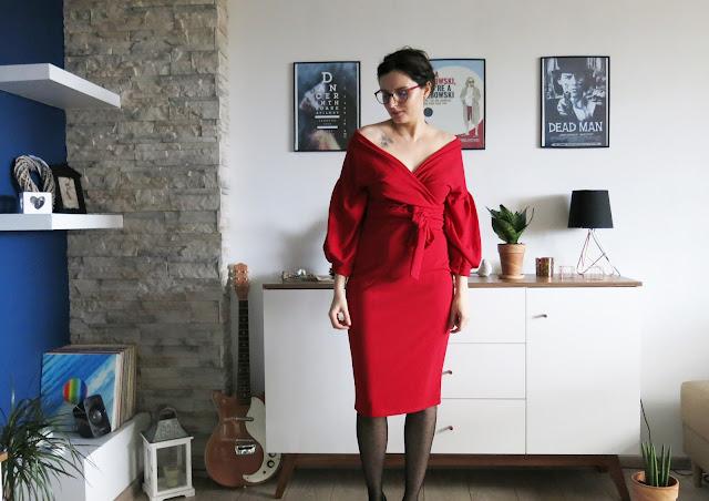 INTO THE RED   FEMME LUXE   CZERWONA SUKIENKA