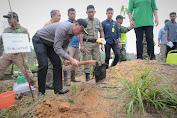 Bupati Tebo, Sukandar Tanam Pohon Bersama Danrem 042/ Gapu