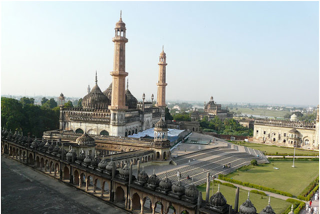 Top 6 Mosques in India 6