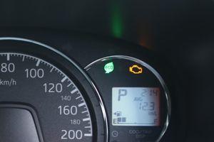 tips menjaga mesin mobil tetap prima