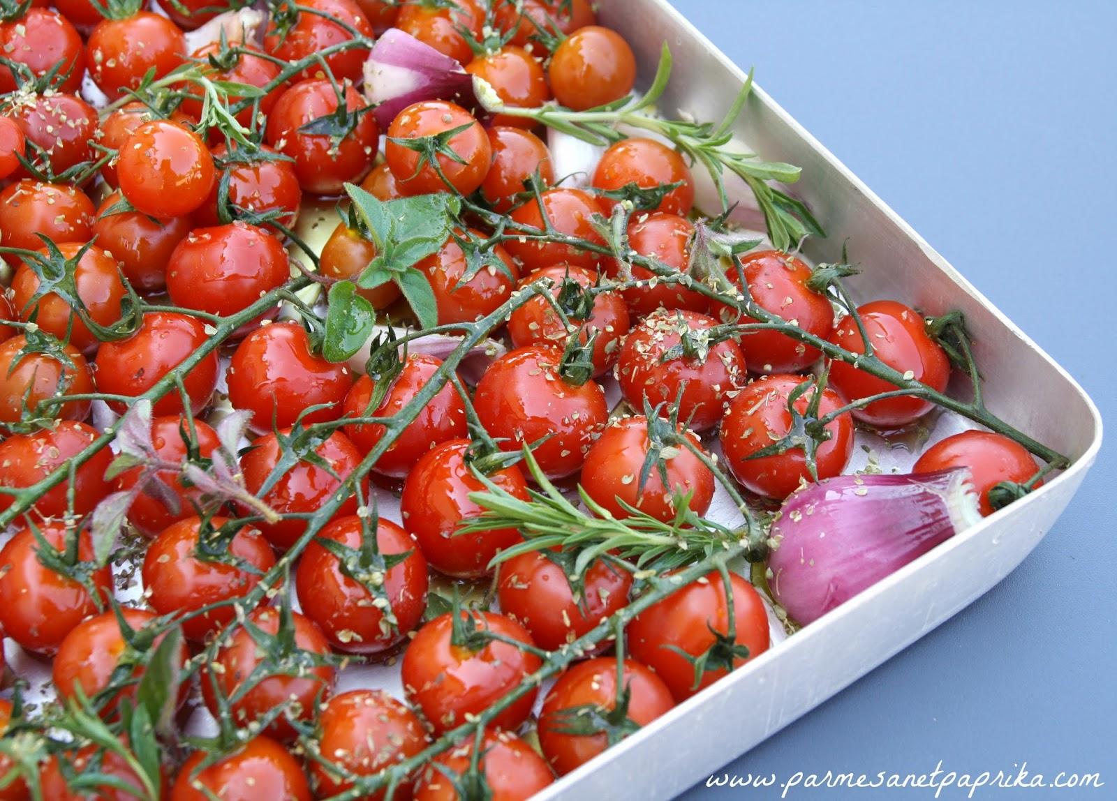 tomates cerises au four parmesan et paprika. Black Bedroom Furniture Sets. Home Design Ideas