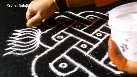 step-10-of-rangoli-19-2.png