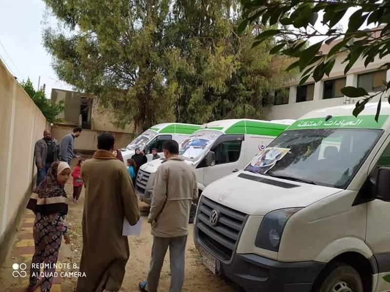 بالصور تفقد.. الأماكن المقترحة لمعسكر الإيواء  وتجهيز  ١٥ سرير لإستخدامها في حالة الطوارئ بكوم حمادة .
