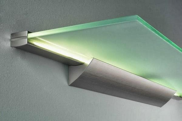 eclairage de cuisine plafond avec clairage cuisine et salle de bain eclairage indirect dans. Black Bedroom Furniture Sets. Home Design Ideas