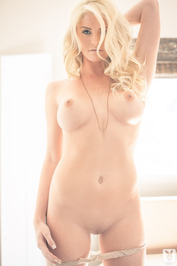 1583203879_227935_full [Playboy Archives] Carly Lauren - Total Knockout Plus / Vivid Affair