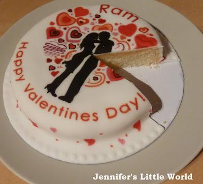 Review - Baker Days Valentine's Day letter box cake