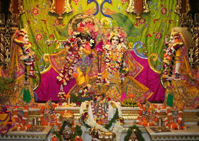 vrindavan-janmastami-live-darshan-images