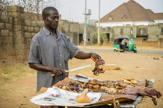 Suya seller in Lagos (Image by Mark Fischer/CCOC lic)