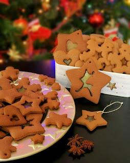 świąteczne pierniczki z witrażem