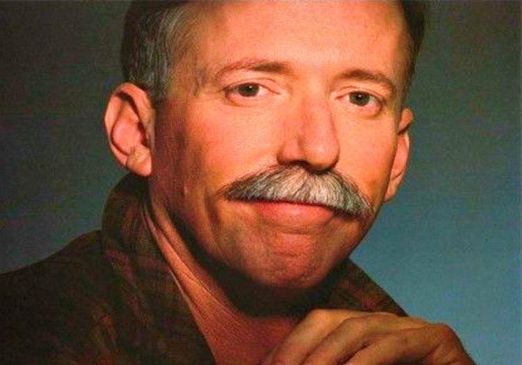 Eski mesleğinden ayrılan Larry Walters konuşmacılık yapmaya başladı.