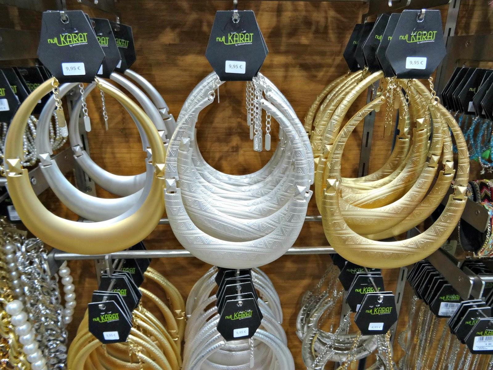 Schmuckrausch Necklaces